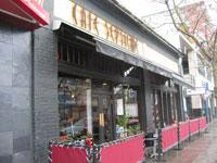 Front of Cafe Septieme